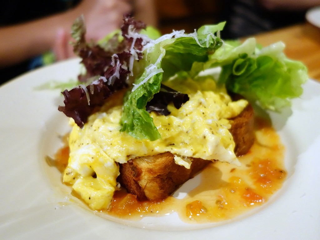 Eggs Style - Scrambled Eggs