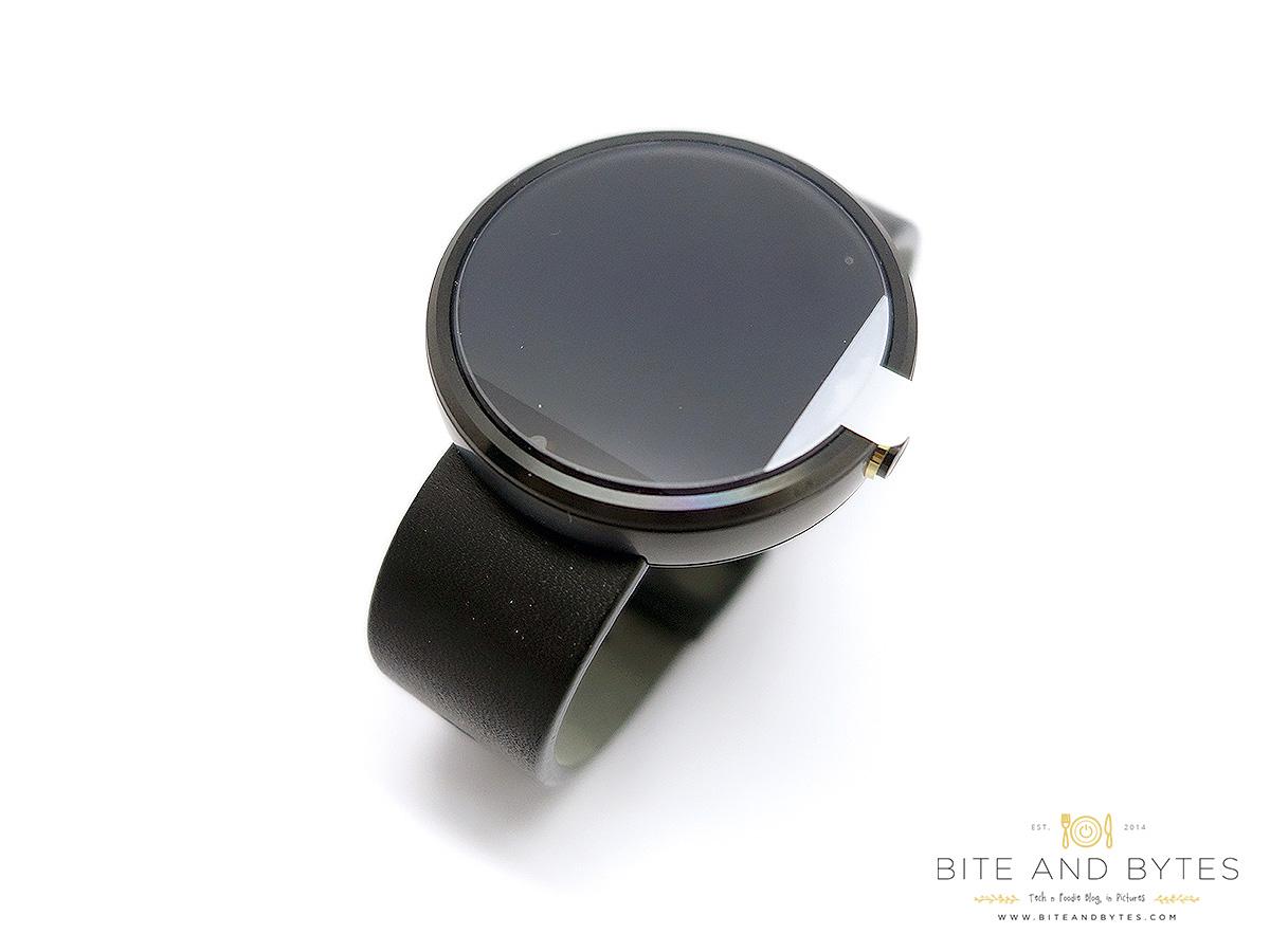 Moto360 watch